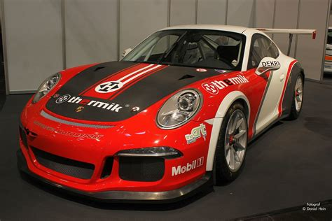 Porsche 911 Rennwagen by Porsche 911 Rennwagen Auf Der Essen Motor Show 2015