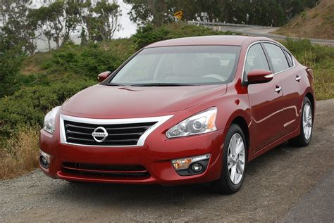 Nissan Altima 2014 Reviews by Review 2014 Nissan Altima 2 5sl Car Reviews And News At