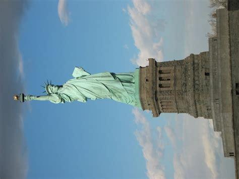 freiheitsstatue sockel freiheitsstatue in new york statue of liberty