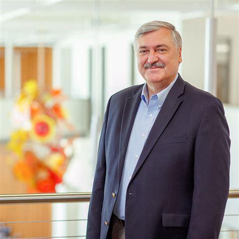 Mba Dean S Office Ut by Businessweek Ranks Mba Programs Among 50 Best In U S