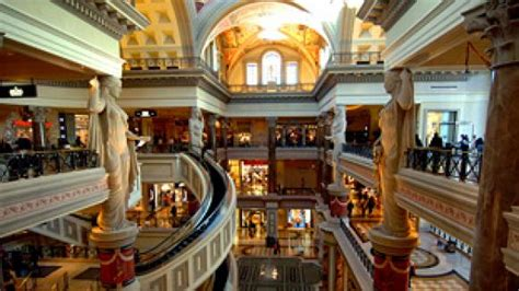 Cabin Mall Stores by The Best Of Vegas Shopping Las Vegas Vacation Ideas And