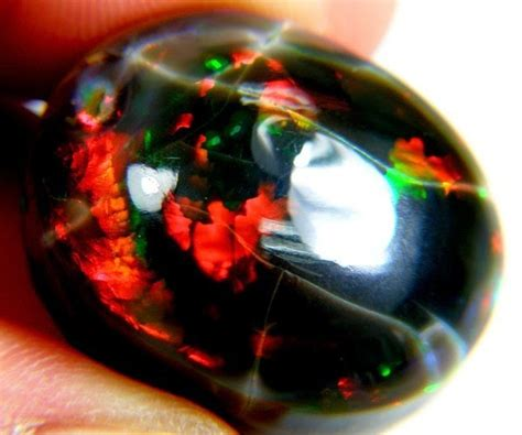 White Opal Alias Kalimaya the characteristics of black opal kalimaya opal gemstones