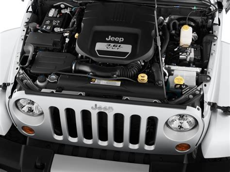 2014 Jeep Engine Image 2014 Jeep Wrangler Unlimited 4wd 4 Door