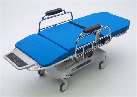 pre op pacu stretcher chairs transmotion