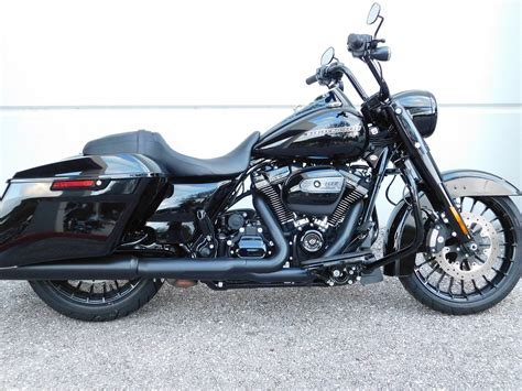 Harley Davidson Pre Owned by Pre Owned 2017 Harley Davidson Road King Special Flhrxs