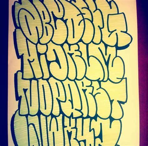 pin  ivy martinez  graffiti graffiti lettering