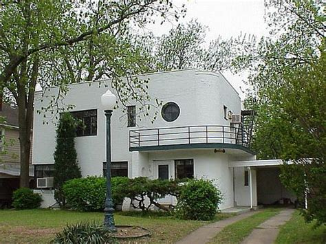 round the house tulsa art deco house tulsa oklahoma homes art deco prairie style modern etc