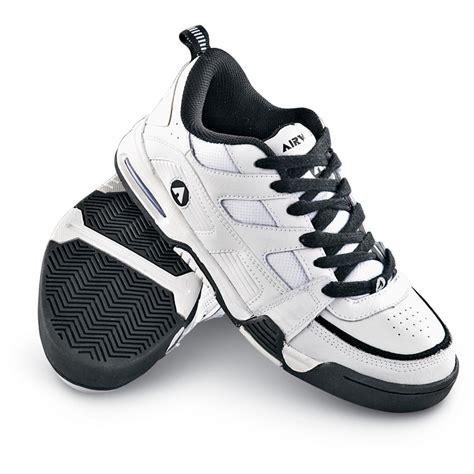 s airwalk 174 fuse skate shoes white black 113389