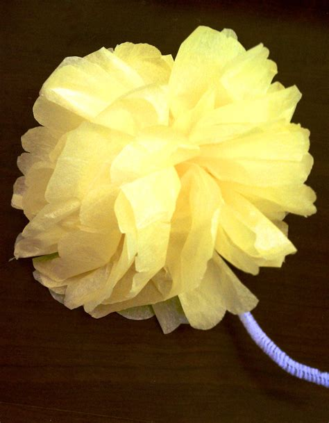 Flowers Out Of Tissue Paper And Pipe Cleaners - 24 ways to make pipe cleaner flowers guide patterns