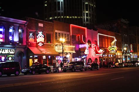 top bars in nashville tn downtown nashville ollie neglerio life all of the above