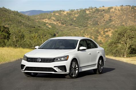 volkswagen passat 2018 volkswagen pushes back expected 2018 launch of next u s