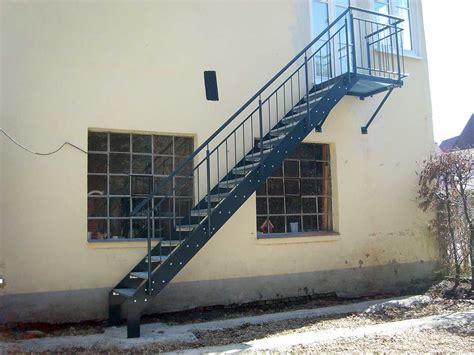 Edelstahl Treppengeländer Außen by Metalltreppe Au 223 En Design Home Design Ideen