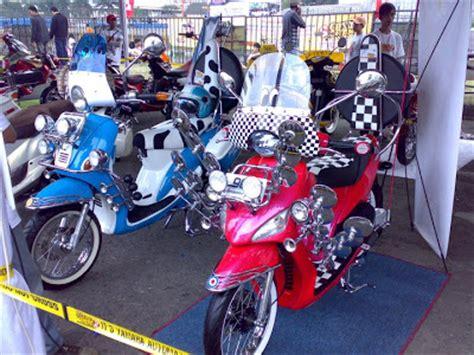 Modif Mio Sporty Touring by Yamaha Mio Soul Vs Mio Sporty Motor Modif Contest