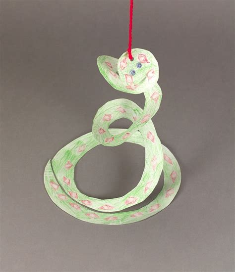 snake craft for whirly curly snake craft crayola