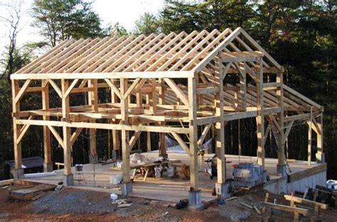 Construire Un Carport Pour Cing Car by Timber Frame Trusses Create An Open And Dramatic Effect