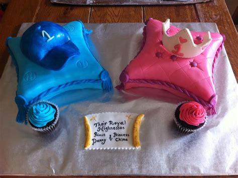 twins st birthday cakes  princess  prince pinterest birthday cakes birthdays
