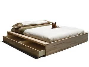 lit coffre en bois comodo by cinius design fabio fenili