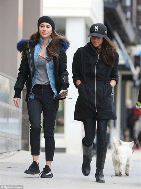 Meghan Casually Strolls Toronto Heading to Gym