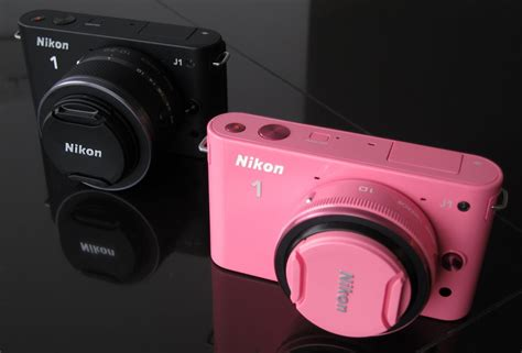 Kamera Nikon J1 Pink nikon 1 j1 on updated