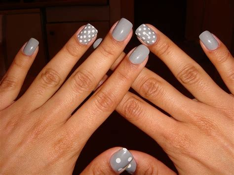 grey pattern nails 16 most gorgeous grey nail ideas page 11 of 17 beautyhihi