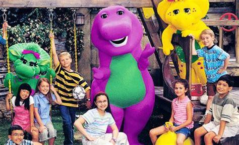demi lovato as a kid on barney demi lovato and selena gomez s barney 15th anniversary