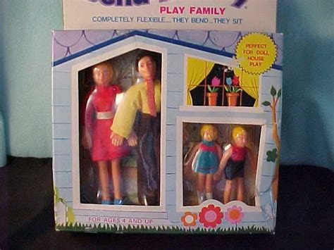 dollhouse figures vintage dollhouse figure family figures new in box hong