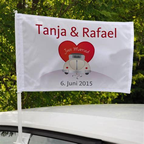Just Married Fahnen F Rs Auto by Autoflagge Zur Hochzeit Just Married Mit Wunschnamen