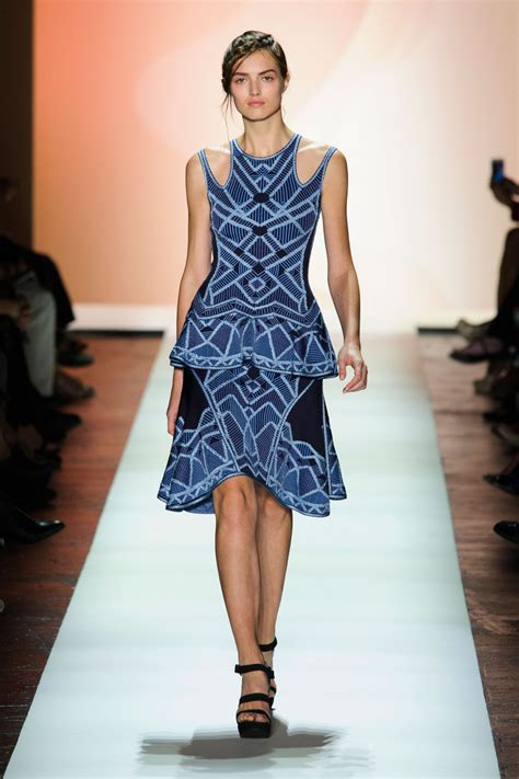 Ny Fashion Week Day 1 Up by Herv 233 L 233 Ger By Max Azria At New York Fashion Week