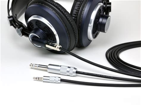 Oyaide Hpc 35j 3 5mm Extension Cable 2 5m oyaide hpc x35 1 3m headphone cable 3 5mm to mini xlr