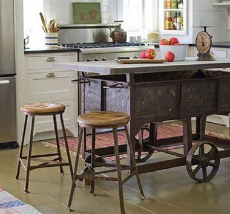 mobili vecchi come riciclare i mobili vecchi con le tecniche fai da te