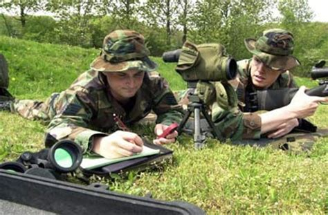 sniper school sniper training   howstuffworks