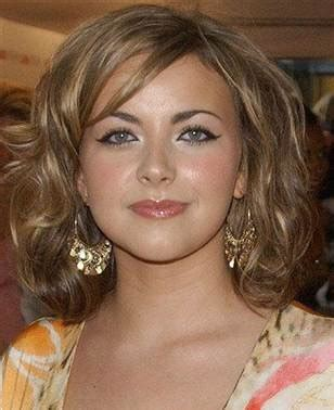 flattering hairstyles for double chins flattering haircuts for double chin short hairstyle 2013