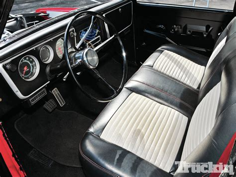 1970 chevrolet c10 interior photo 4