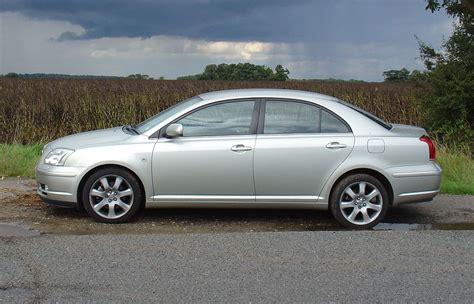 How Much Is Toyota Avensis Toyota Avensis Saloon 2003 2008 Rivals Parkers