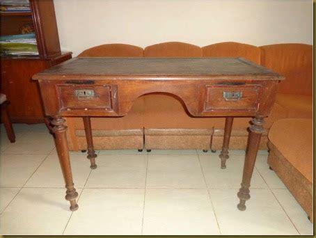 Barang Antik Meja Giok koleksi barang antik meja belajar eropa terjual