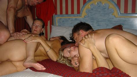 Older Couples Wife Swapping Naked Pictures