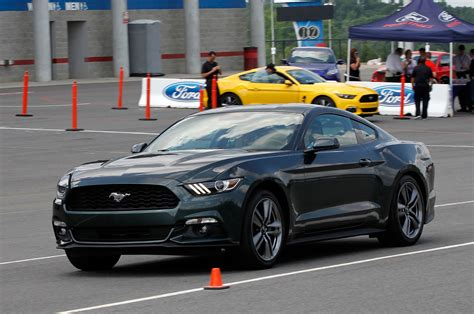 2015 ford mustang ecoboost 2 3 ride