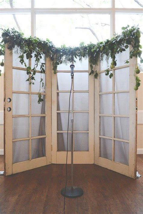 Wedding Ceremony Doors by 18 Wedding Decoration Ideas With Vintage Doors Oh