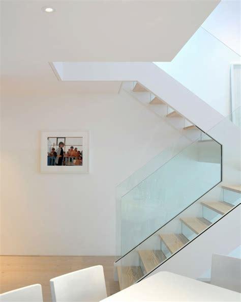 gel nder f r treppenhaus 40 treppengel 228 nder glas luftiges gef 252 hl im innendesign