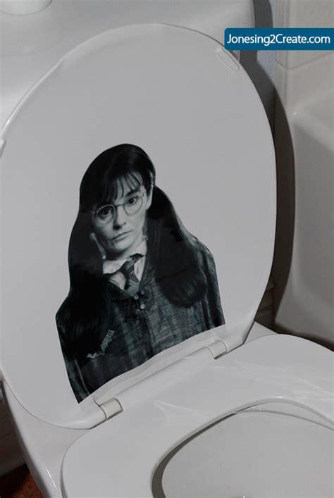 Harry Potter Bathroom Decor Free Harry Potter Printables And Decorations Jonesing2create