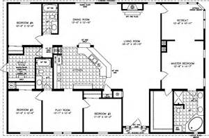 Square house plans on pinterest four square homes home floor plans