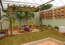 Pallet Garden Decoration