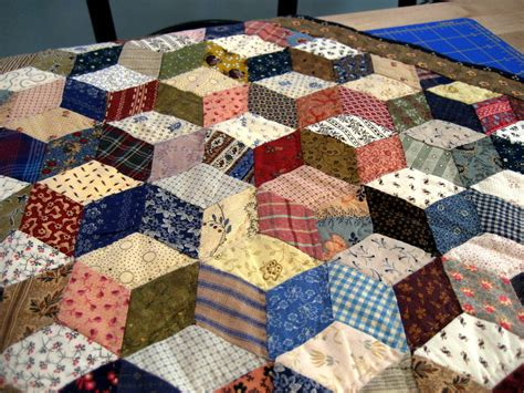 Free Tumbling Blocks Quilt Pattern by A Sentimental Quilter Tumbling Blocks