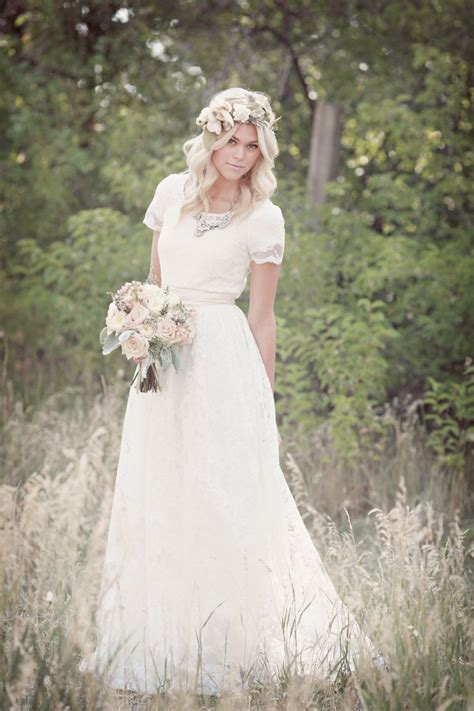 Modest Wedding Gowns by 1000 Images About Modest Wedding Gowns On