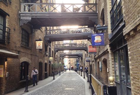 Shad Thames London | shad thames get going get running
