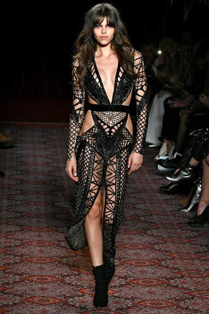 during the julien macdonald ready to wear news photo getty images the dresses that went from runway to red carpet from
