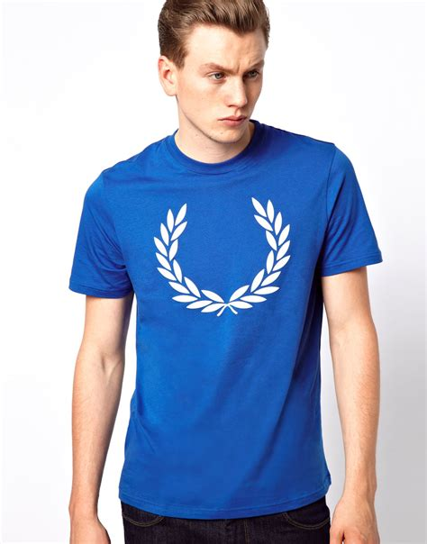 Fred Perry T Shirt fred perry t shirt with laurel print in blue for lyst
