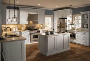 Best Paint For Laminate Kitchen Cabinets Laminate Kitchen Cabinets What S The Best Paint For Kitchen Cabinets 2014 How To Paint
