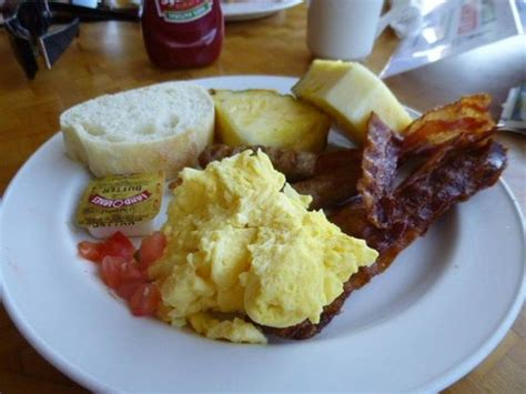 buffet breakfast dukes picture of outrigger waikiki
