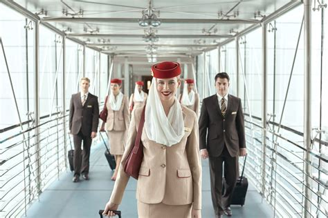 emirates career cabin crew how to get emirates cabin crew popsugar middle east